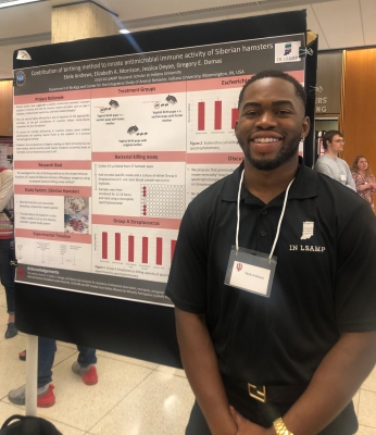 Ekelé presents his research at the 2019 IN LSAMP Undergraduate Research Poster Session.